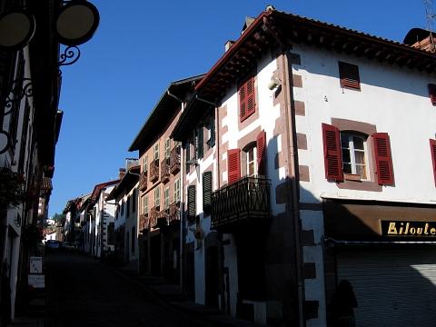 Pyrenees pays basque st jean pdp phagalcette ruelles - Hotel des pyrenees st jean pied de port ...