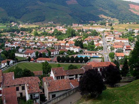 Pyrenees pays basque st jean pdp phagalcette fortifications - Hotel des pyrenees st jean pied de port ...